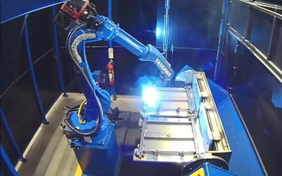 Robotické pracoviště svařovny Yaskawa